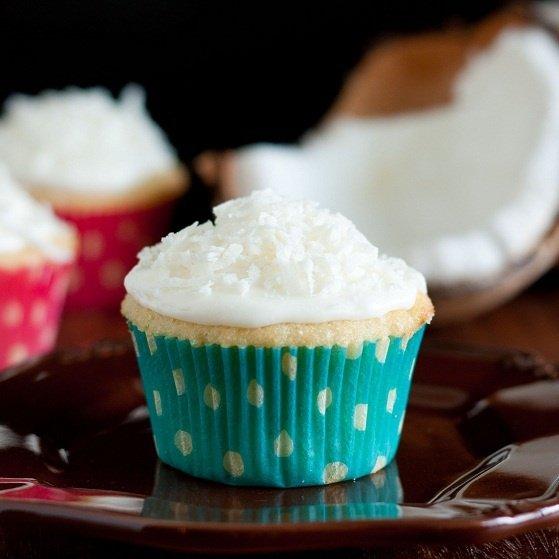 Coconut cupcakes: A Blissful Affair en